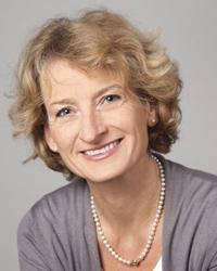 Dorothea Metcalfe-Wiegand, Osteopathin, Heilpraktikerin & Inhaberin des Osteopathie-Institut Frankfurt
